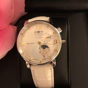 Zeppelin 7637-1 Luna Series Watch